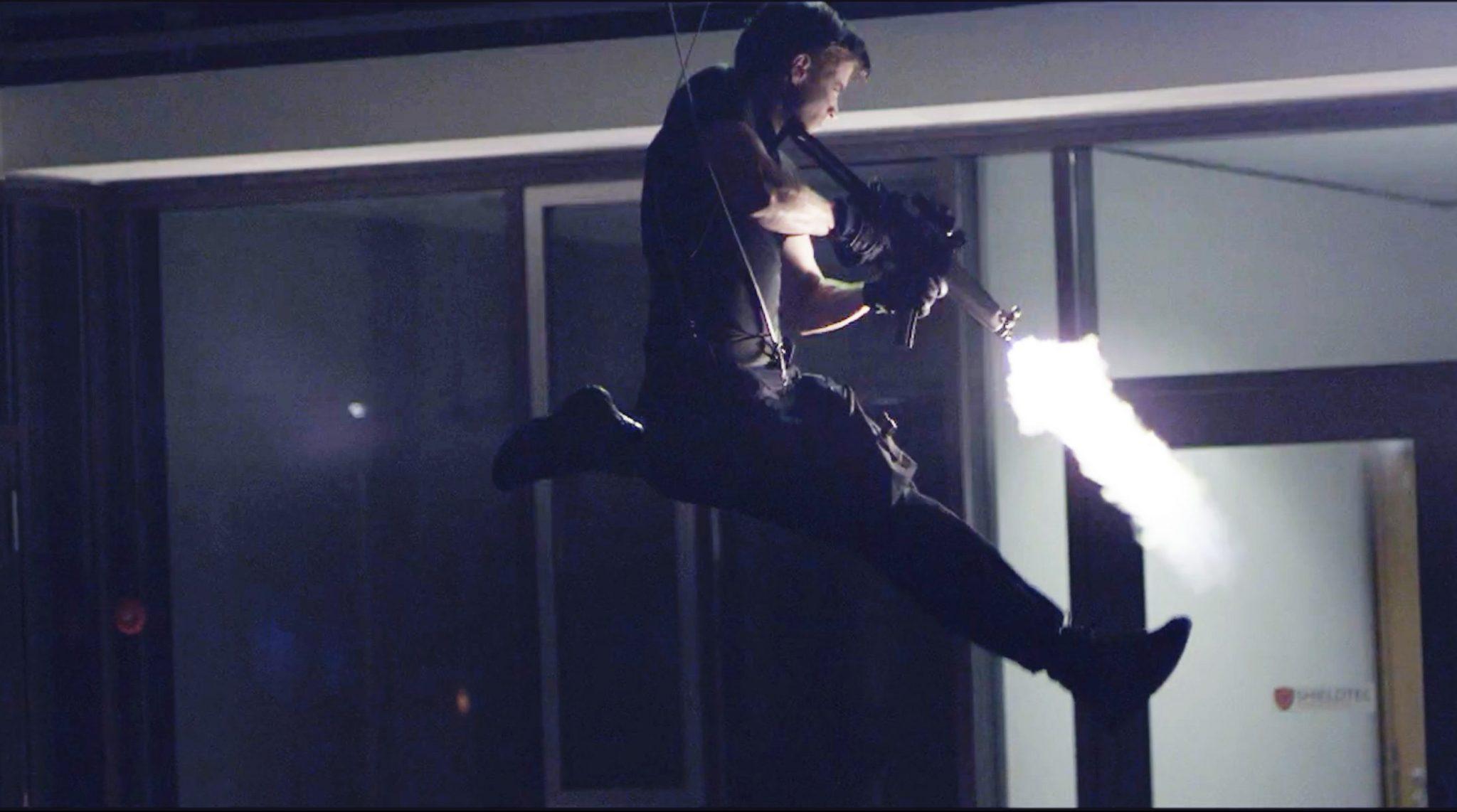 Martin Goeres MP5 Rappel Jump
