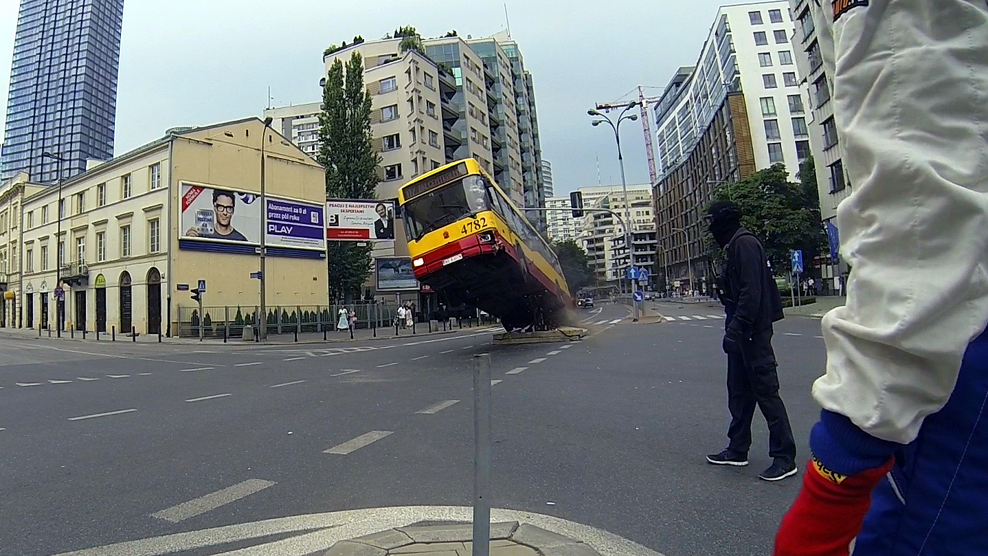 MG-Action, Martin Goeres, Safety, Bus crash