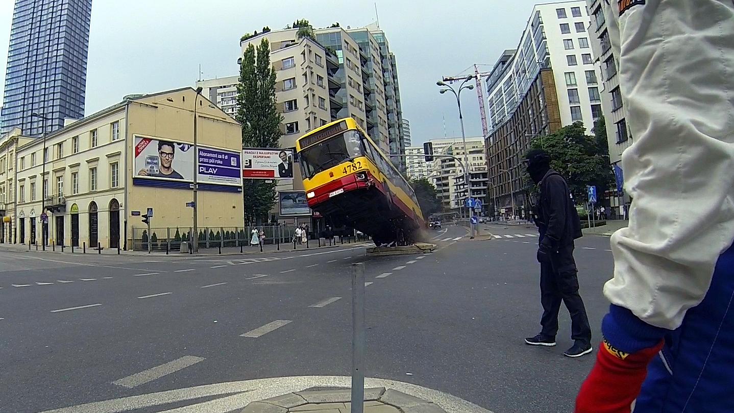 MG-Action, Martin Goeres, Safety, Bus crash