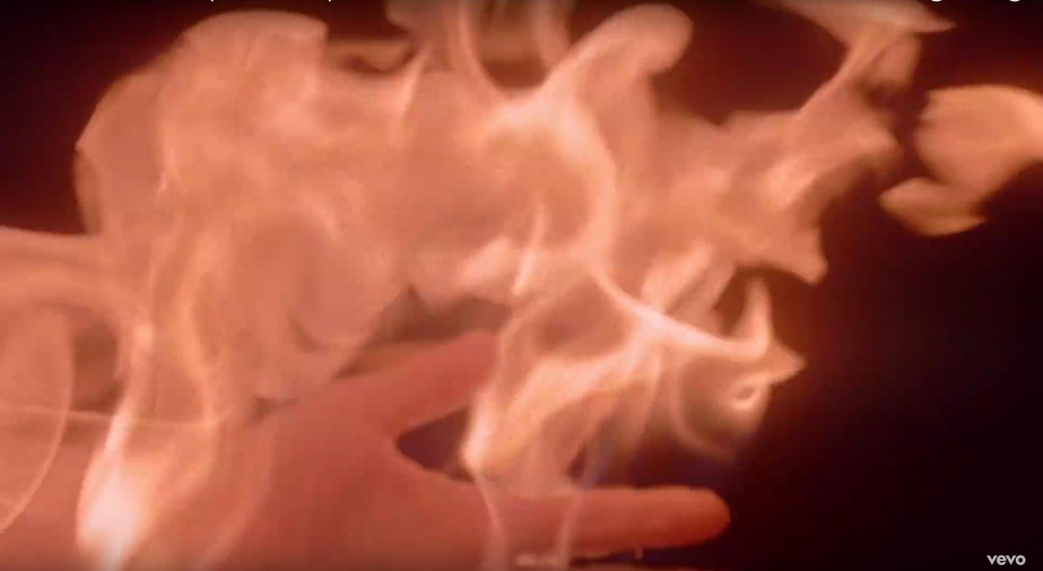 mg action, body-burn, feuerstunts deutschland, naked skin burn, body burn berlin,