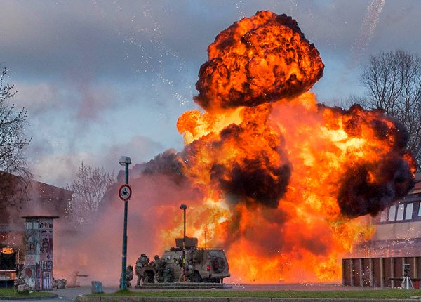 MG Action, Martin Goeres, SFX, Navy Seals Under Fire, Explosion, Spezial Effekte Berlin, Stunt Koordination Deutschland, Film Explosionen, to serve the story, Action Design Deutschland