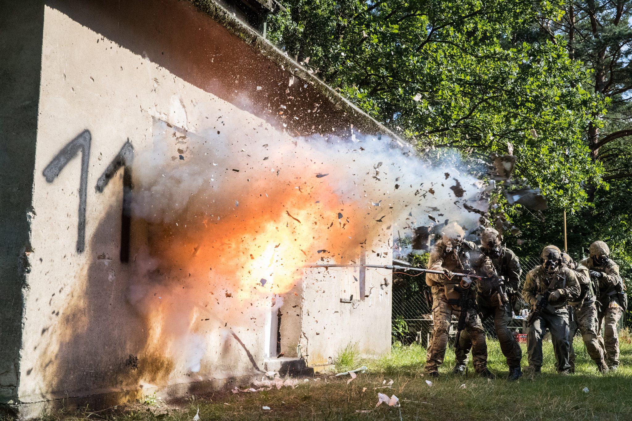Explosive Breaching, Spezial Effekt für Fim, Filmexplosionen